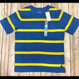Baby Gap boys t-shirt size 5T NWT